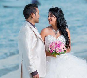 home wedding2 gallery1 300x269 - מתי להשמיע ולומר בחתונה?